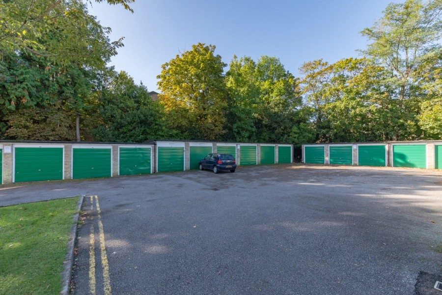 Images for Sharrow Close, Haywards Heath, West Sussex EAID:FLINT BID:FLINTANDCO